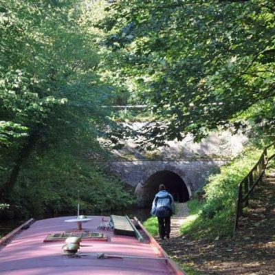 Voorvertoning De tunnel verkennen op mogelijke tegenligger