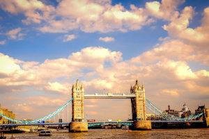 De Tower Bridge en met mooi weer!