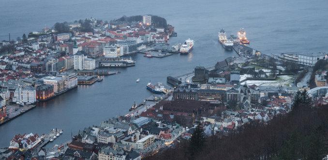 Met Fløibanen naar de top voor uitzicht over Bergen