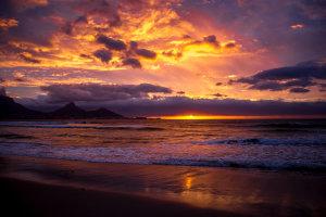 Kleurenspektakel aan de Afrikaanse hemel