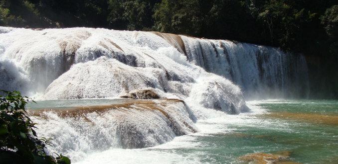 Watervallen bij palenque