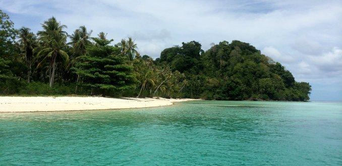 Si Amil island