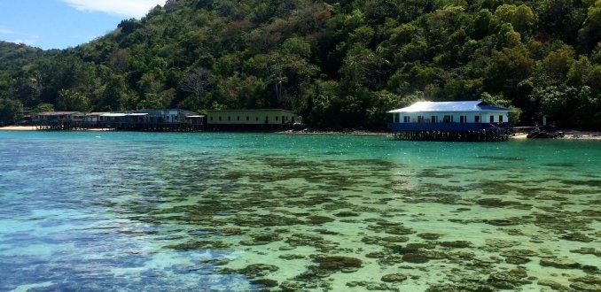 Tun Sakaran bovenwater