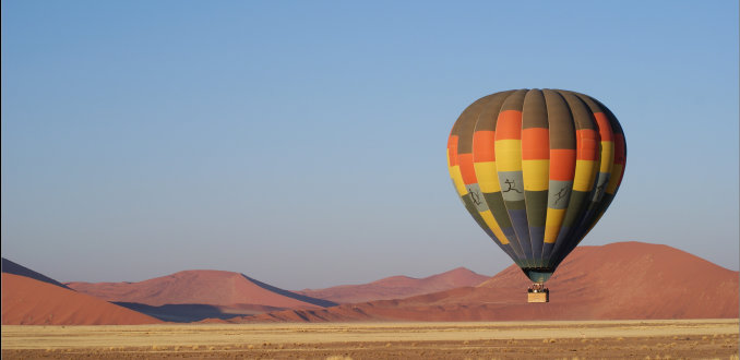 Sportief per ballon over de Sossusvlei