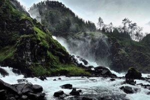 Latefossen tweeling waterval