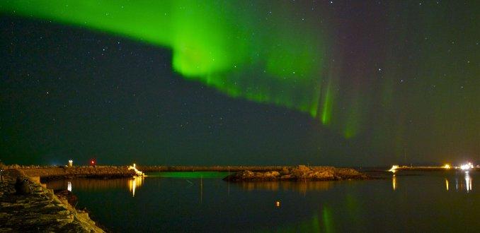 Noorderlicht bij haven Andenes