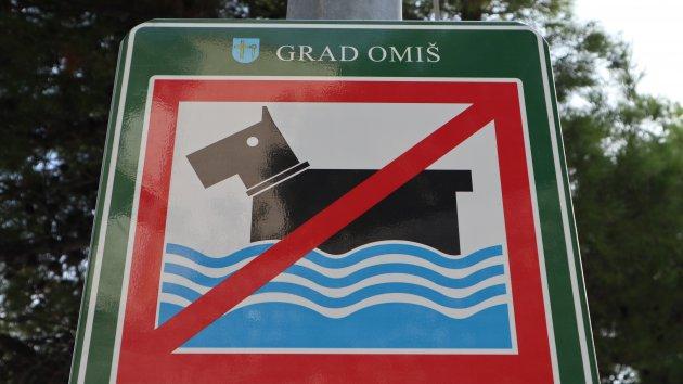 Verboden te zwemmen voor honden