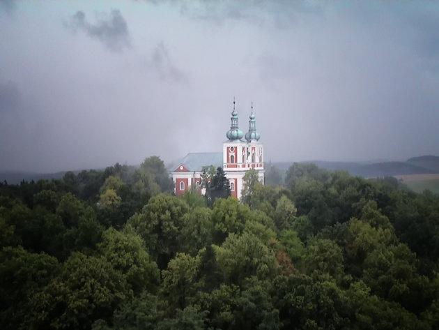 Kerk op Cvilin heuvel