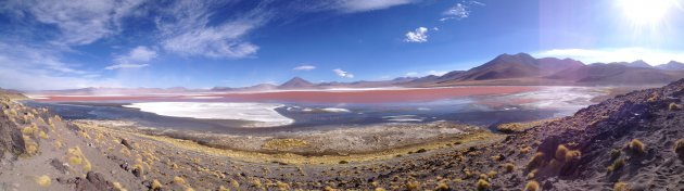 (Panorama) Rood meer in Bolivia