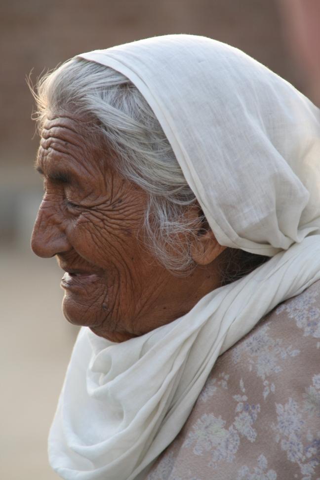 Bèbé, India