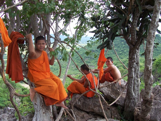 Monniken van Wat Phnom Sampeau