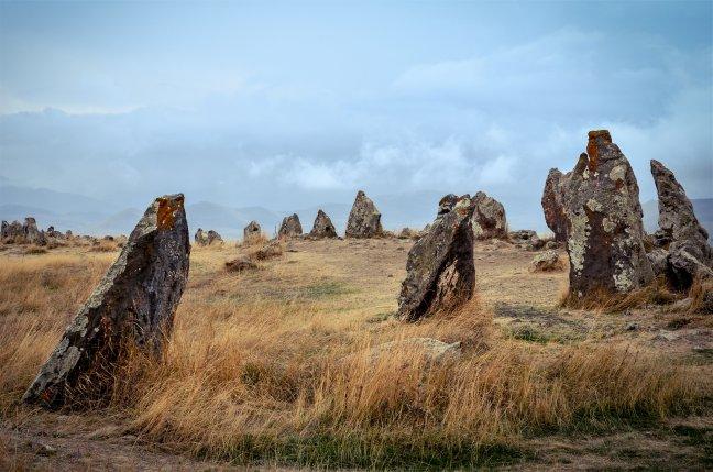 Fluitende stenen bij Karahunj