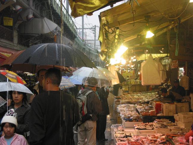 markt in de regen