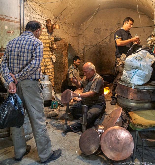 Ambachtslieden in de bazaar