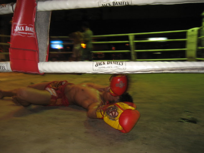 Muay Thai, knock out
