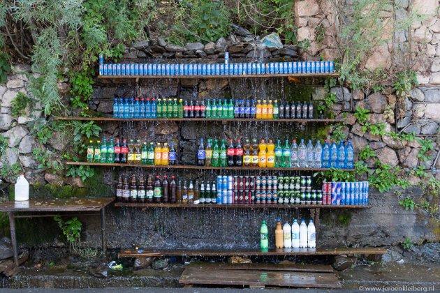 Gekoelde drankjes koop je langs de weg