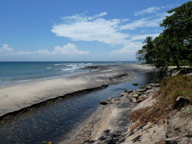 Aan de Molukse Zee
