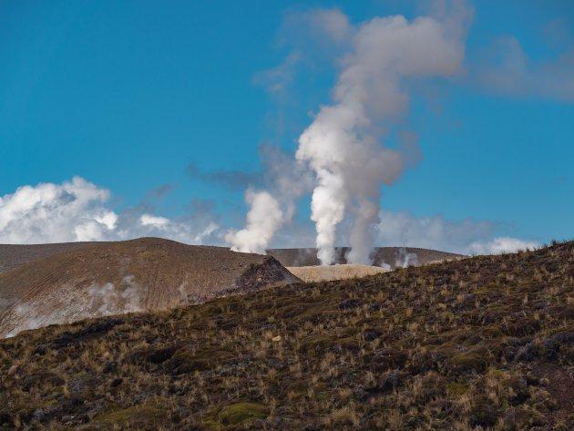 Tongarira crossing, kijk ook eens om je heen