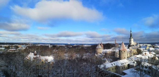 Besneeuwd Tallinn