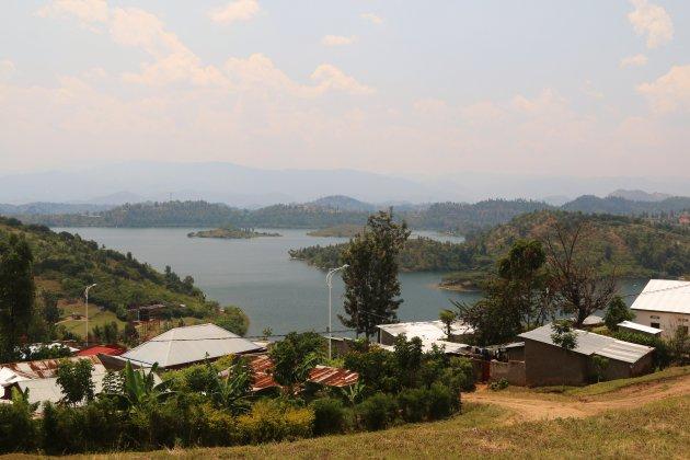 Gitesi, lake Kivu