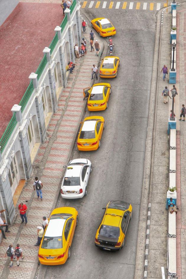 Een straat in Santiago de Cuba