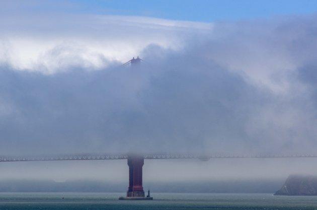 Icoon in de wolken