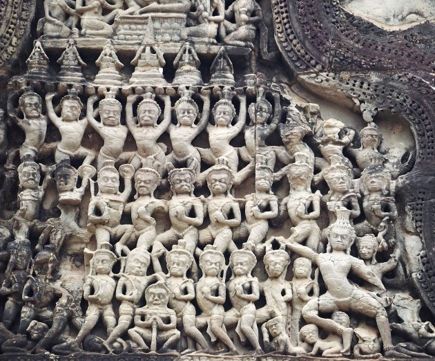 De bas reliefs van Angkor
