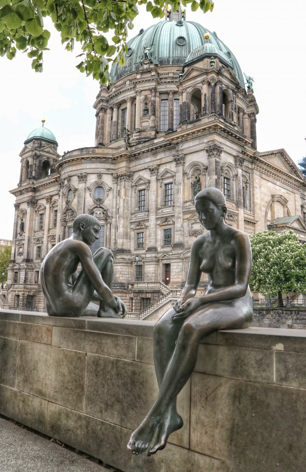 Onderonsje bij de Berliner Dom