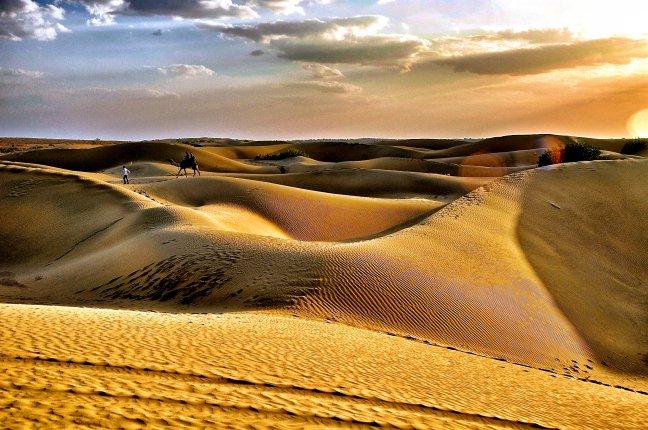 Slapen in de Tharwoestijn
