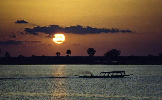 Pirogue op de Niger