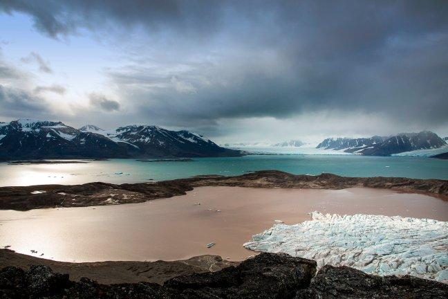 Gletsjer in zonlicht