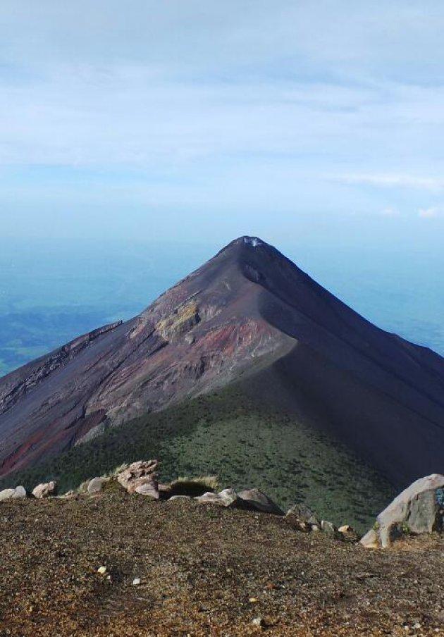 Beklim een vulkaan