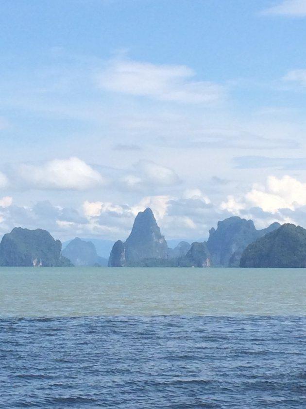 De magische baai van Phang Nga