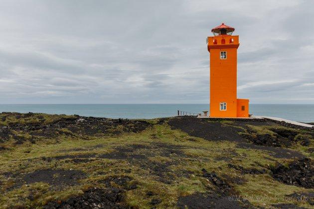 De Oranje Vuurtoren (Svörtuloft Lighthouse)