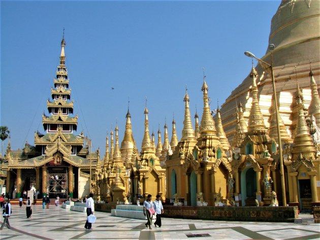 Tempelcomplex van de Swedagon Pagoda.