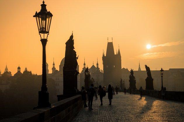 Magie in de lucht boven Praag.