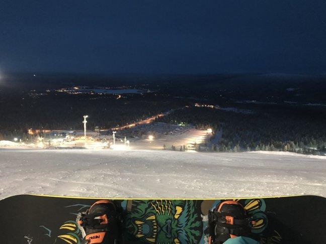 Skiën na zonsondergang