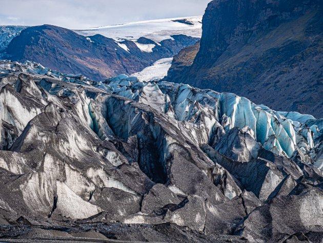 Het mysterie van de zwarte gletsjermond, Skaltafell