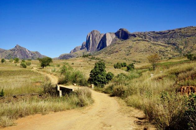 Een van de vele prachtige wegen in Madagaskar
