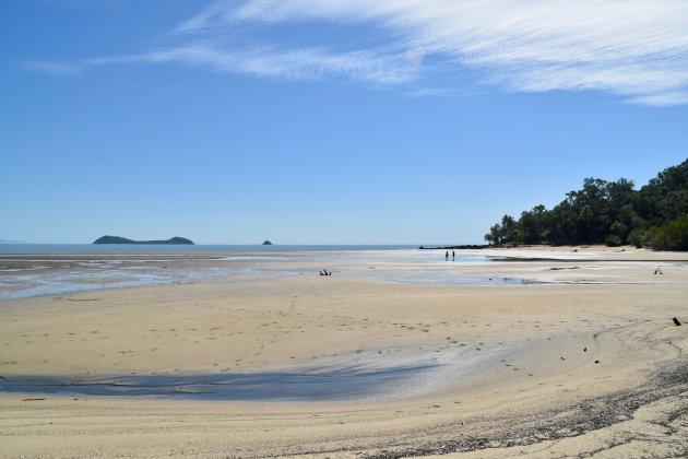 Wandelen over Kewarra Beach