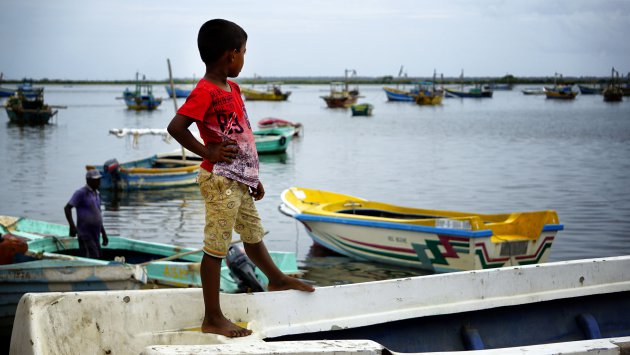 Uitkijken over de haven van Jaffna