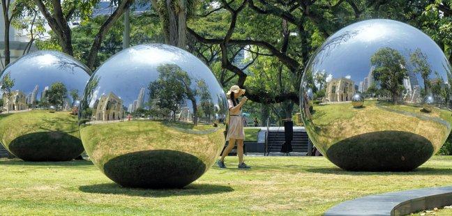 spiegeltje, spiegeltje in het park...