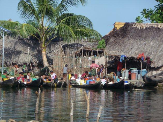 San Blas eilanden, ontmoeting met de Kuna indianen