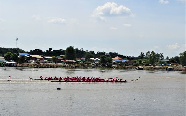 Drakenboot races.