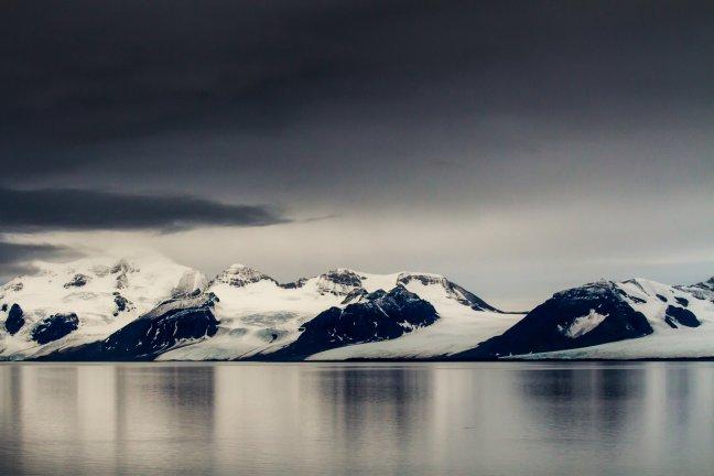 Spitsbergen, land van ijs en gletsjers