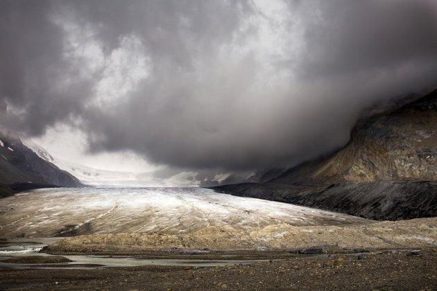 Storm boven de Athabasca gletsjer