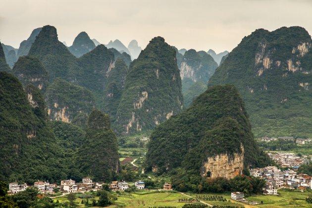 Fietsen in het Karstgebergte van China