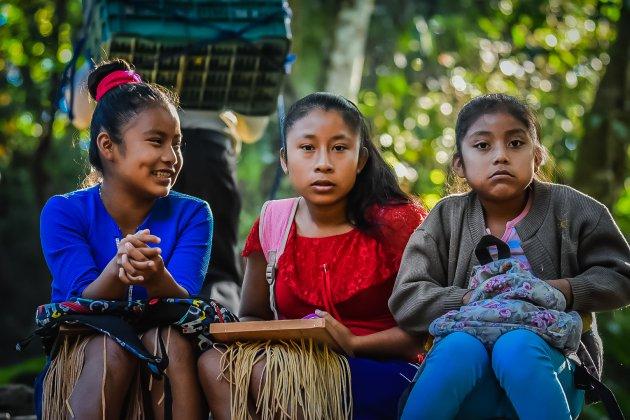 Maya meisjes