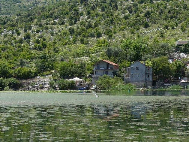Lunch bij plaatselijke vissers aan Skadar Lake, Virpazar
