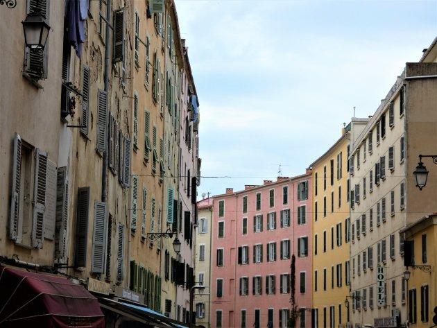 Pastelkleuren van Ajaccio